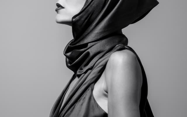 女性とファッション