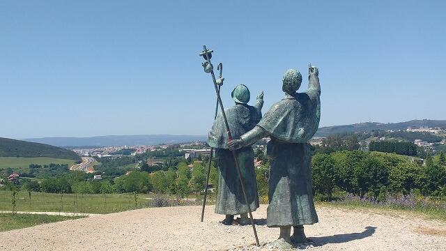 サンティアゴ巡礼路歓喜の丘