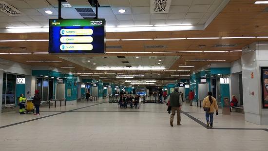 モンクロアバスターミナルの発着スペース