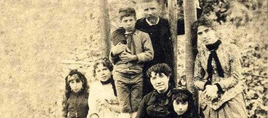 ロサリア・デ・カストロの家族
