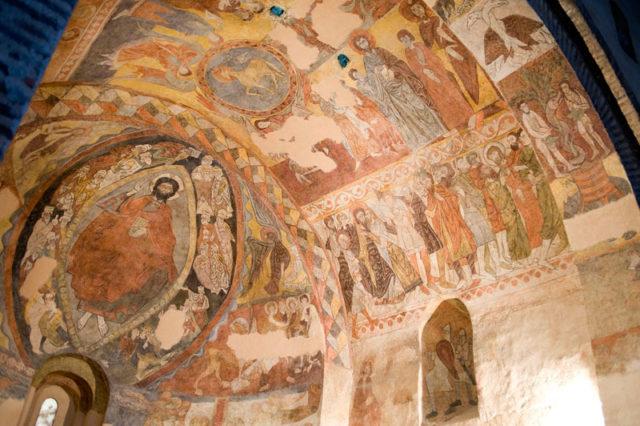 Segovia. Iglesia de los Santos Justo y Pastor. Pinturas románicas del ábside