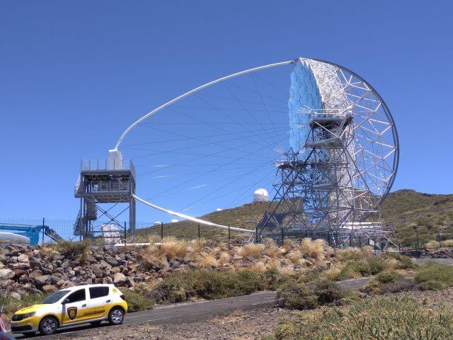 ロケ・デ・ロス・ムチャ―チョスの最新鋭の望遠鏡