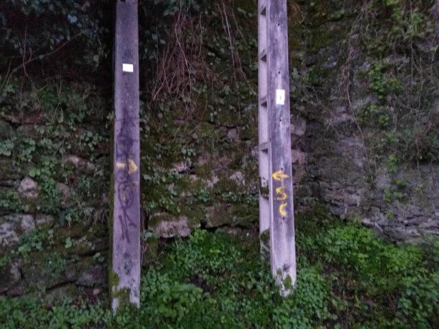 サンティアゴ巡礼の黄色い矢印