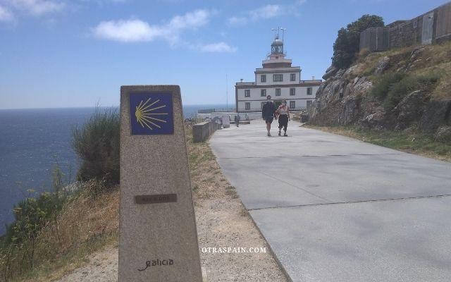 フィステーラ岬と巡礼の標識